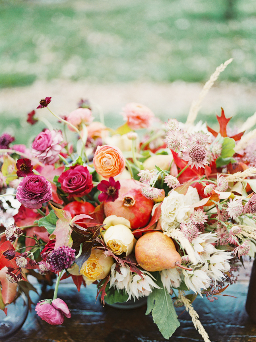 Incorporating Fresh Produce into Fall Floral Arrangement: photo by Callie Hobbs Photography