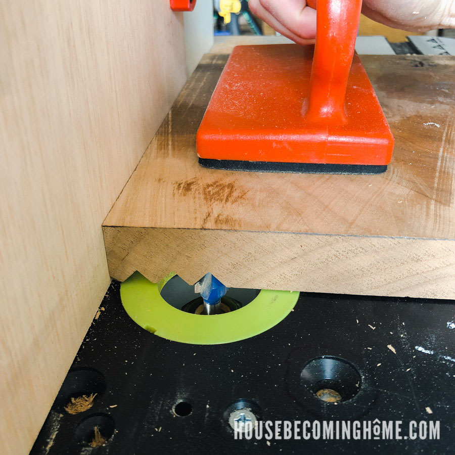 Making a Wood Soap Dish with V Router Bit