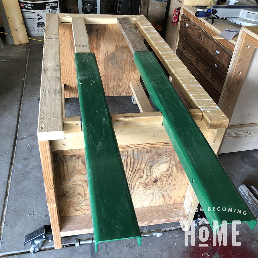 Assembly Table Leaf Support U Beams