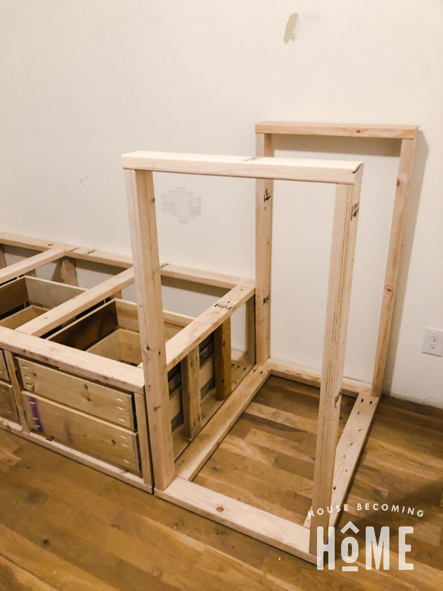 Build Center Drawer Section for Built in Offset Bunk Beds