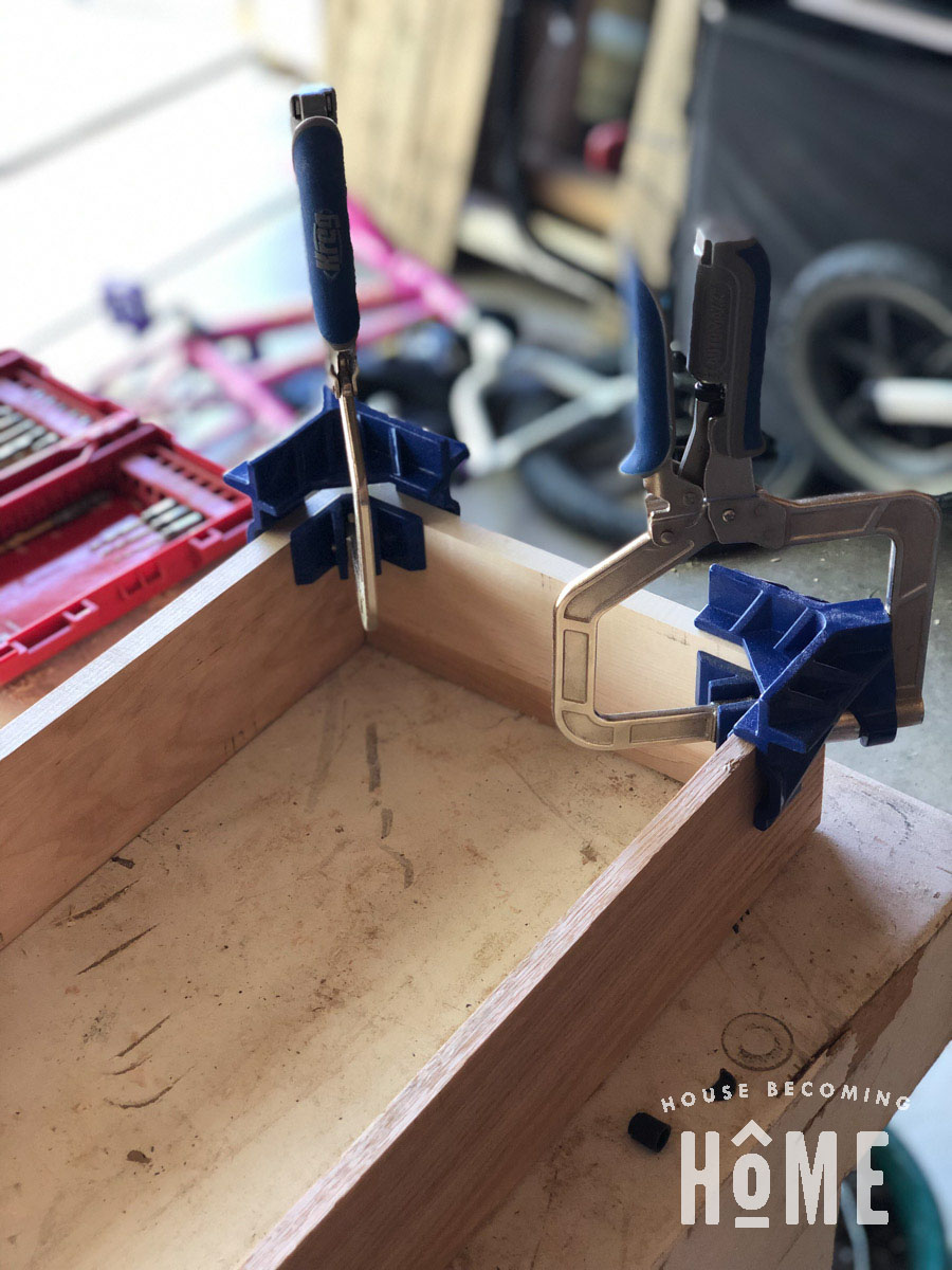 Dovetail Joinery Using Porter Cable Jig 4