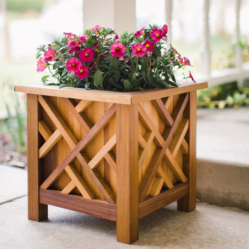 Build a Chippendale Planter